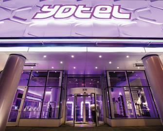 YOTEL New York - New York - Hotel entrance