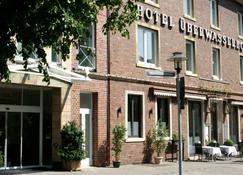 Hotel-Restaurant Überwasserhof e.K. - Μίνστερ - Κτίριο