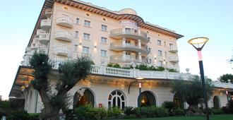 Hotel Palace - Cervia - Building