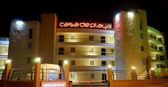 Casa De Playa Luxury Hotel And Beach - צזמה - בניין