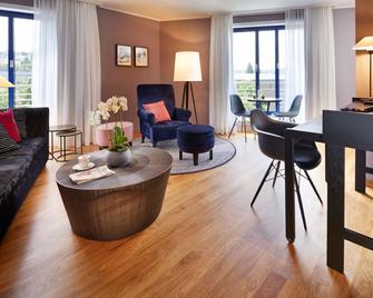 Parkhotel Pforzheim - Pforzheim - Living room