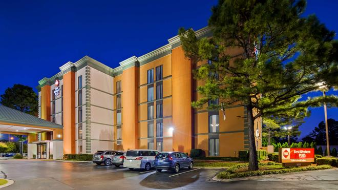 Best Western Plus Galleria Inn & Suites - Memphis - Edificio