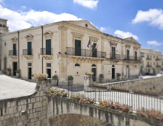 Novecento Scicli - Scicli - Building