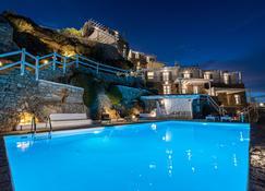 Villa Thelgo - Psarrou - Pool
