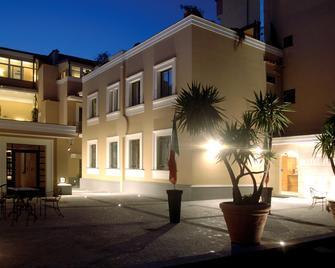 Hotel Forum - Pompei - Toà nhà