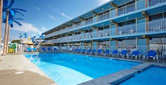 Blue Palms Resort - Wildwood - Piscina