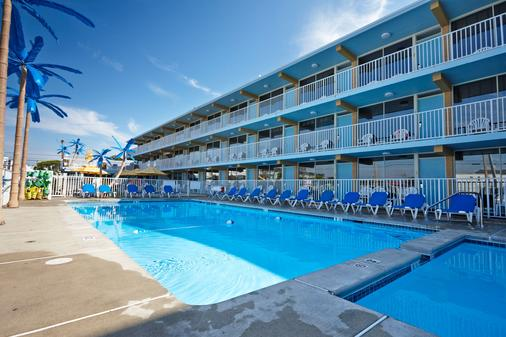 Blue Palms Resort - Wildwood - Pool