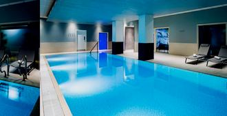 Novotel Reading Centre - Reading - Piscina