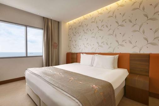 伊斯坦布爾阿塔科伊華美達套房酒店 - 伊斯坦堡 - 伊斯坦堡 - 臥室