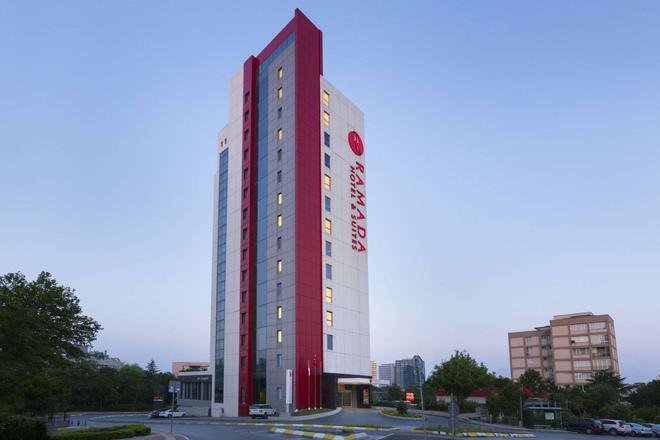 Ramada Hotel & Suites by Wyndham Istanbul Atakoy - Istanbul - Bâtiment