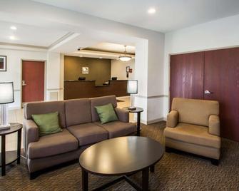 Sleep Inn & Suites - Palatka - Obývací pokoj