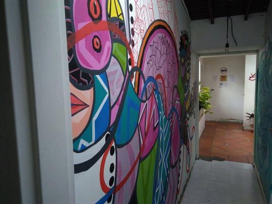 Coolto Art Lodge - Medellín - Hallway