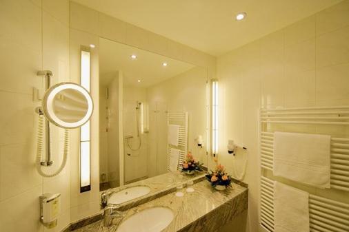 Kranz Parkhotel - Siegburg - Bathroom
