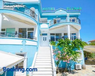 Ellinas Hotel - Chrisi Ammoudia - Edificio