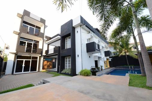Panorama Residencies - Negombo - Building
