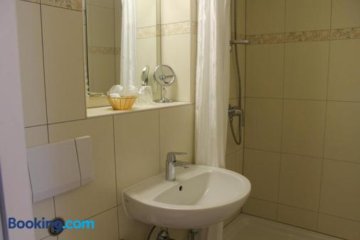 Anno 1900 Hotel Babelsberg - Potsdam - Bathroom