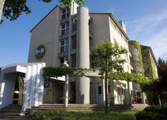 B&B Hotel Le Puy-En-Velay - Vals-près-le-Puy - Bâtiment
