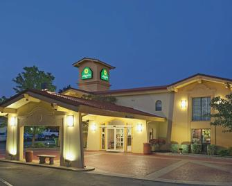 La Quinta Inn by Wyndham Salt Lake City Midvale - Midvale - Building