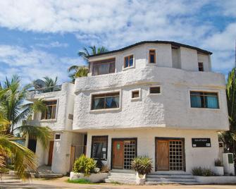 Hostal Galapagos - Puerto Villamil - Gebäude