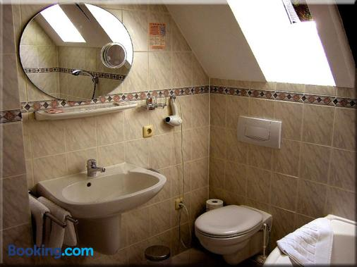 Hotel Restaurant Graf Rolshausen - Monschau - Bathroom