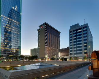 Crowne Plaza Hotel Dallas Downtown - Даллас - Building