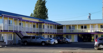 Royal Victorian Motel - Port Angeles - Building