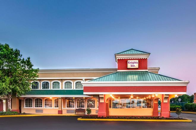 Knights Inn Mount Laurel - Mount Laurel - Building
