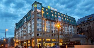 H+ Hotel Leipzig - לייפציג - בניין