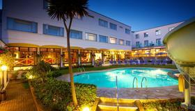 Apollo Hotel - Saint Helier - Pool