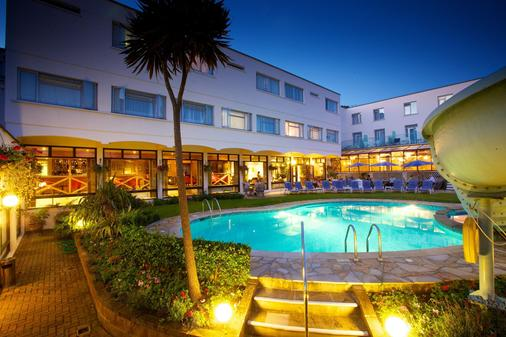 阿波羅大酒店 - 聖赫利爾 - 聖海利爾 - 游泳池