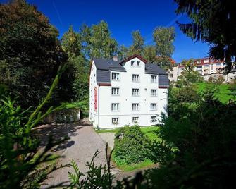 Pytloun Penzion Zelený Háj - Liberec - Building