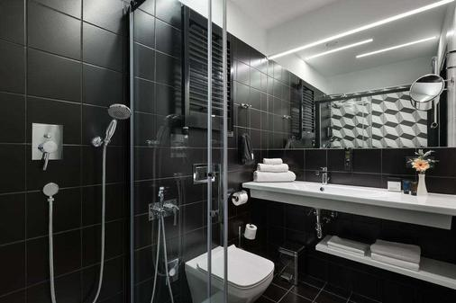 Bank Hotel - Lviv - Bathroom