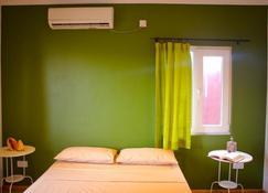 Ocean Spray Self-Catering Apartments - Glacis - Bedroom