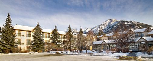 Coast Canmore Hotel & Conference Centre - Canmore - Bâtiment