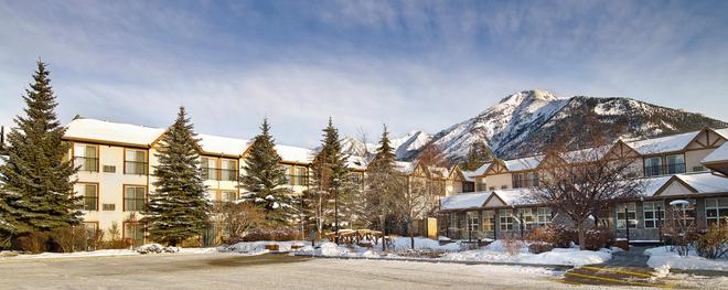 Coast Canmore Hotel & Conference Centre - แคนมอร์ - อาคาร