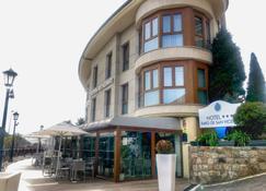 Hotel Faro de San Vicente - San Vicente de la Barquera - Bâtiment