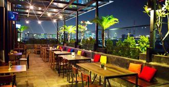 Liberta Hotel Kemang - ג'קרטה - מסעדה
