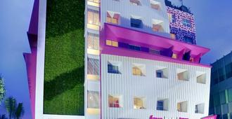 Liberta Hotel Kemang - South Jakarta - Edificio