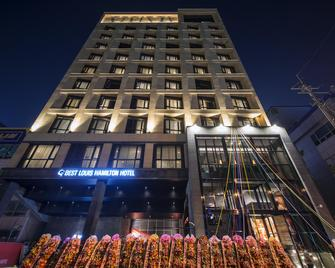 Best Louis Hamilton Hotel Changwon - Changwon - Building