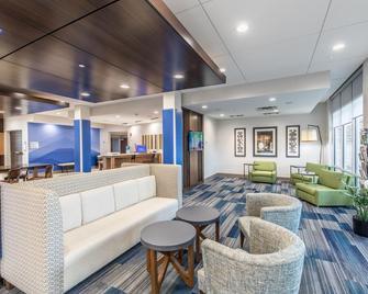 Holiday Inn Express & Suites Milledgeville - Milledgeville - Лаунж