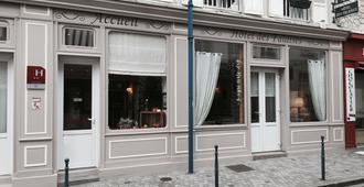 Hotel Des Falaises - Deauville - Edificio