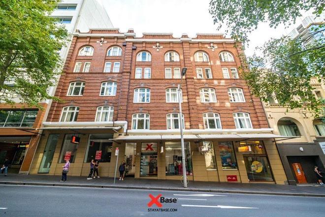 Base Sydney - Sydney - Building
