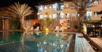 Season Palace Huahin Hotel - Hua Hin