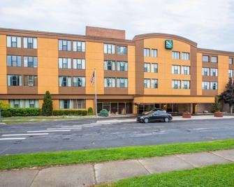 Quality Inn Massena - Massena - Building