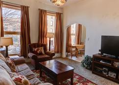 Bozeman - Historic Overlook - Bozeman - Living room