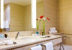 Novotel Casablanca City Center - Casablanca - Bathroom