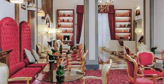Golden Tower Hotel & Spa - Florencia - Lounge