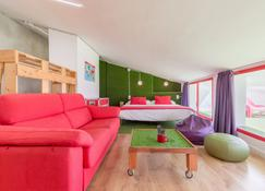 Tomate Rooms - Alicante - Bedroom