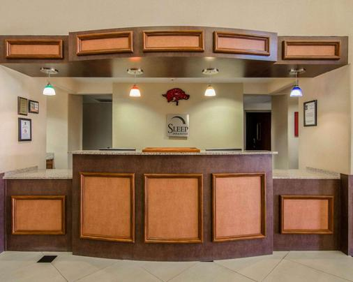 Sleep Inn & Suites - Springdale - Front desk