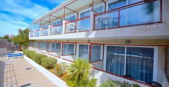 Hostal Molins Park - Ibiza - Edifício